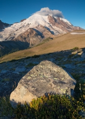 Landscape-Rainer-foreground-rock-background-mountain-john-greengo