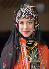 People-Turkish-Woman-traditional-dress-smiling-john-greengo